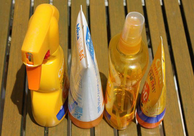 Octocrylen ist in vielen Sonnenschutzmitteln enthalten.