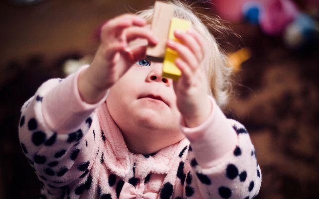 Kinder beschäftigen: Bauklötze