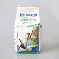 Soda ist ein wirkungsvolles Hausmittel bei schmutzigen Fliesenfugen.