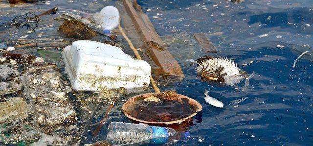 Plastik im Meer: Über 5 Billionen Plastikteile treiben in den Ozeanen