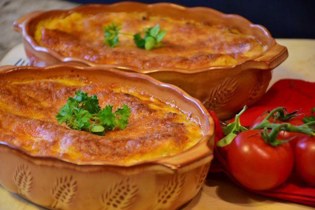 Gnocchi alla Sorrentina ist ein typisch italienisches Ofengericht.