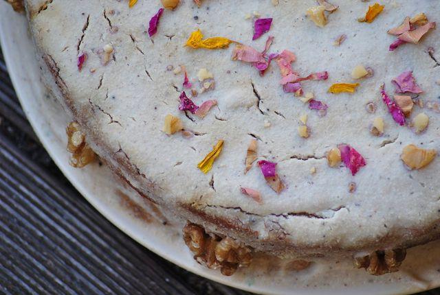 Die Blüten der Gewürztagetes sind essbar und eignen sich zum Beispiel gut als Dekoration für Süßspeisen.