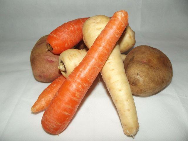 Pastinakenpüree lässt sich mit Möhren und Kartoffeln variieren.