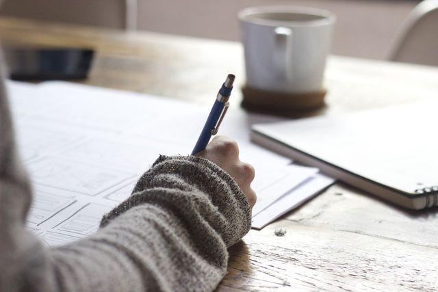 Schreibe täglich 5 Dinge auf für die du dankbar bist.