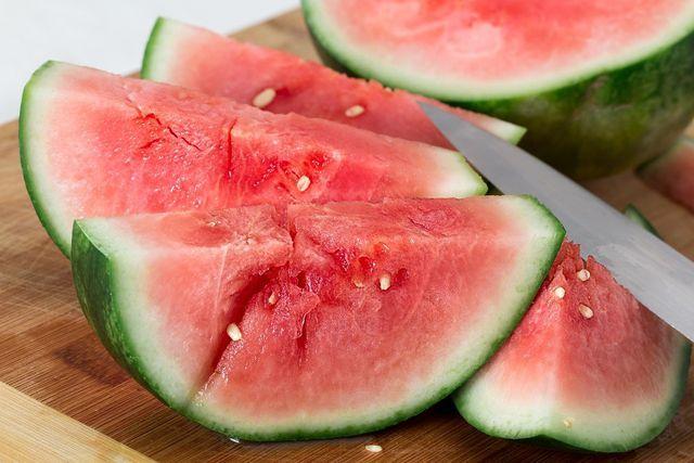 Melonensalat erhält seine fruchtige Frische durch Wassermelonen.
