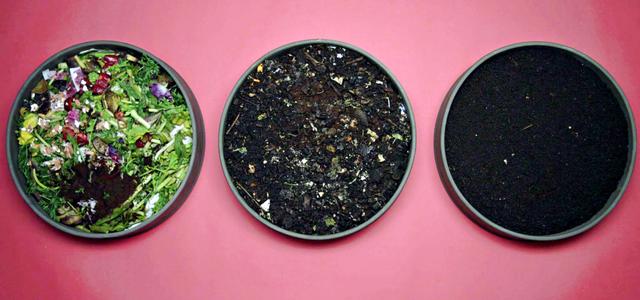 WormUp kompostiert in drei Schichten
