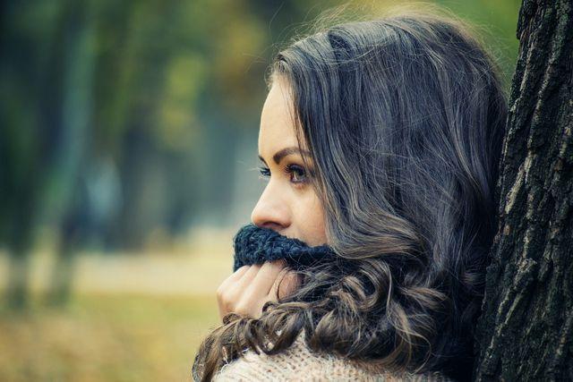 Kalte Temperaturen können trockene Lippen verursachen.