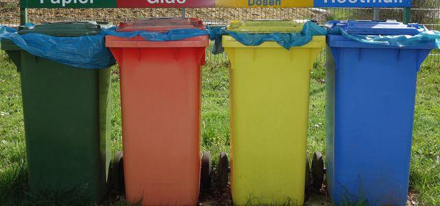 Mülltrennung, Recycling, Mülltonnen