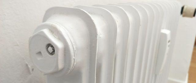 heizung entl ften wenn der heizk rper nicht warm wird. Black Bedroom Furniture Sets. Home Design Ideas