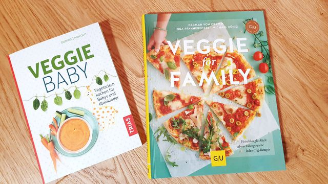 Diese zwei Bücher rund um die vegetarische Ernährung von Kindern können wir empfehlen.